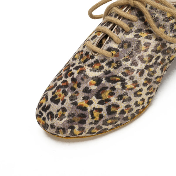 ADS Japan Women's Leopard Print Practice Shoes
