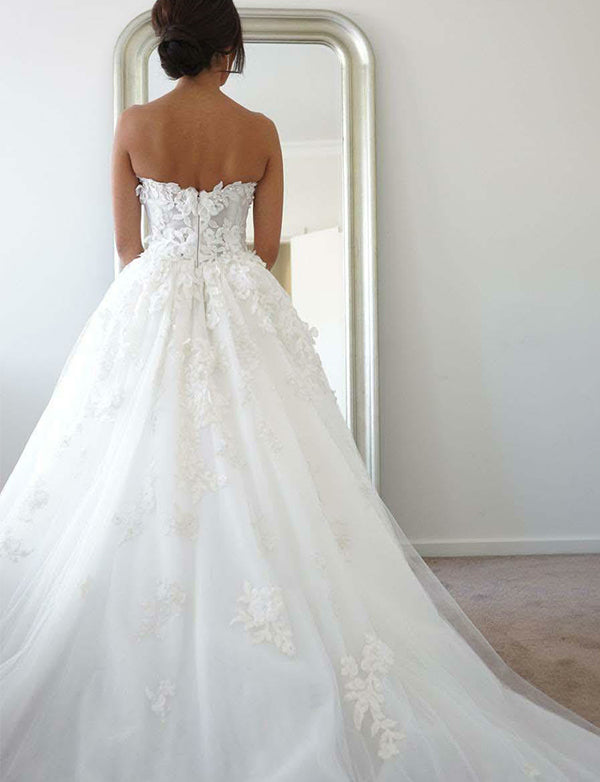Sweetheart Long Wedding Dress with Beading Appliques - ericprom
