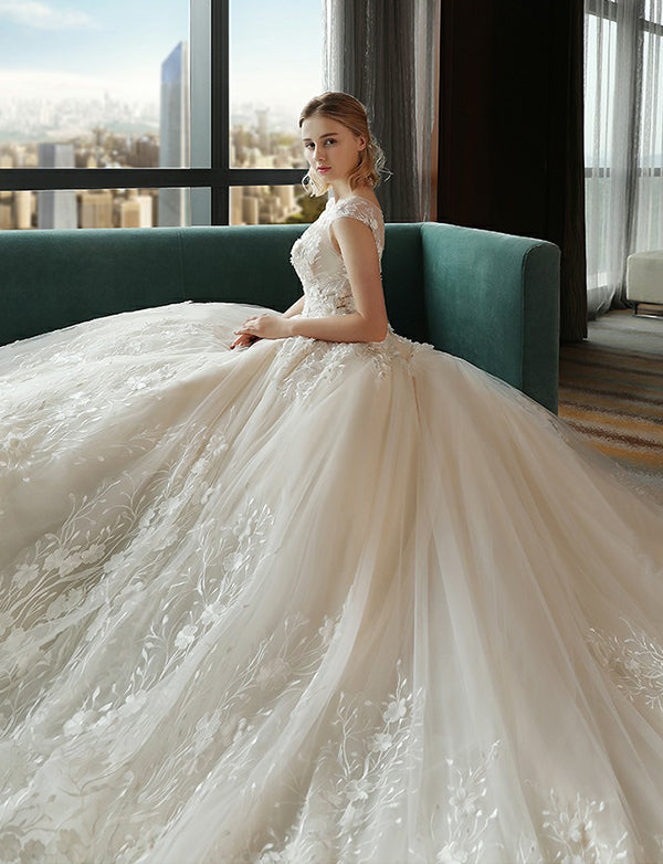 Elegant Crew Cap Sleeves Ball Gown Wedding Dress with Appliques Bridal Dress - ericprom