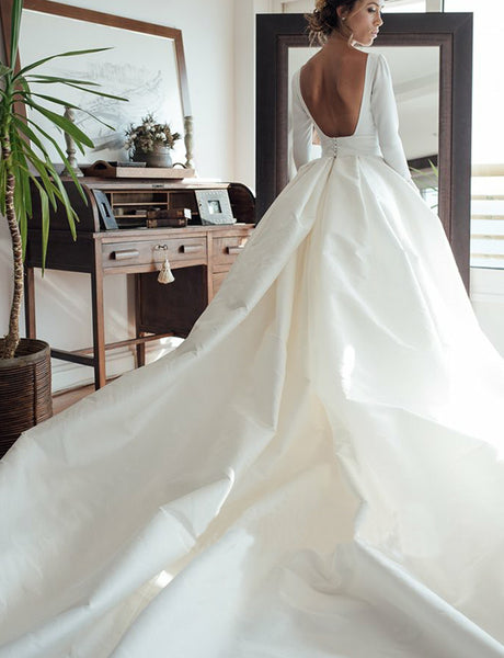 Hot Bateau Satin Court Train Backless Wedding Dress with Sleeves Bridal Gown