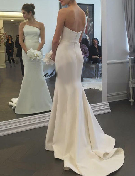 Simple Sleeveless Mermaid Wedding Dress Long Satin White Strapless Bridal Gown