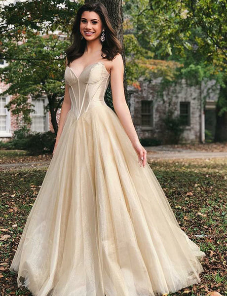 Elegant Long Evening Gown Sleeveless Tulle Sweetheart Champagne Prom Dress