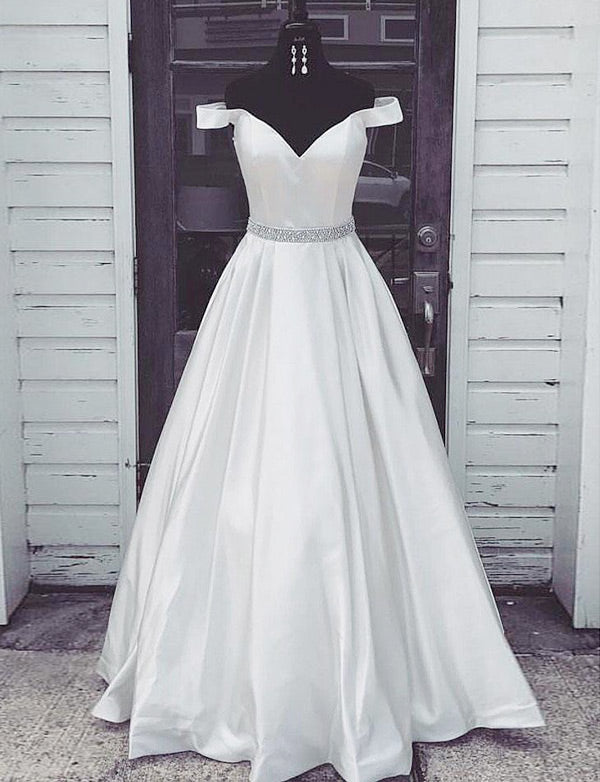 Charming Off-the-Shoulder White Evening Gown Long Prom Dress with Beading