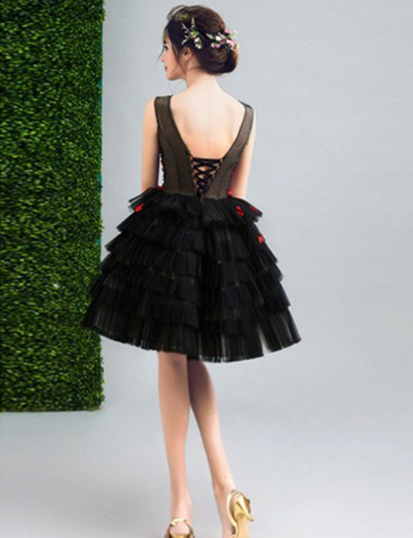 High Fashion A-Line V Neck Black Tulle Short Homecoming Dress with Appliques - ericprom