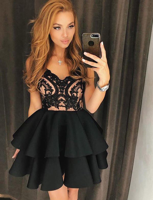 Spaghetti Straps Short Cocktail Dress Black Homecoming Dress with Appliques - ericprom