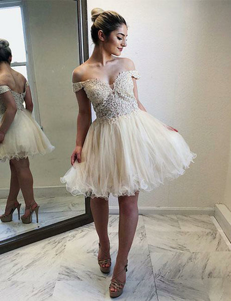 Elegant A-Line Off-the-Shoulder Tulle Short Homecoming Dresses with Lace