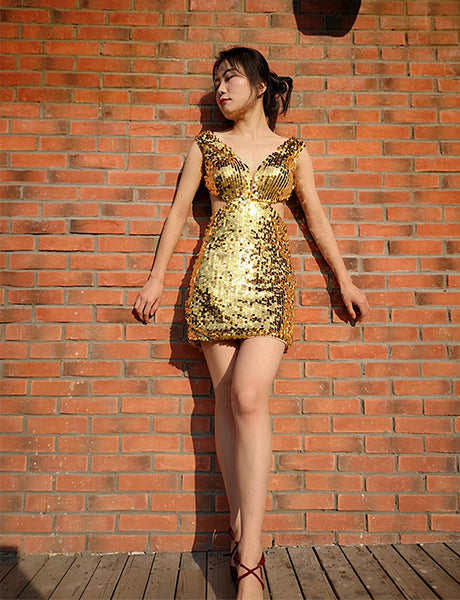 Sparkly Sheath V-Neck Sleeveless Mini Gold Open Back Sequin Cocktail Dress