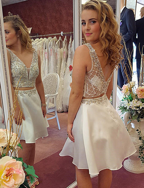 Two Piece Homecoming Dress V Neck White Cocktail Dress with Beading