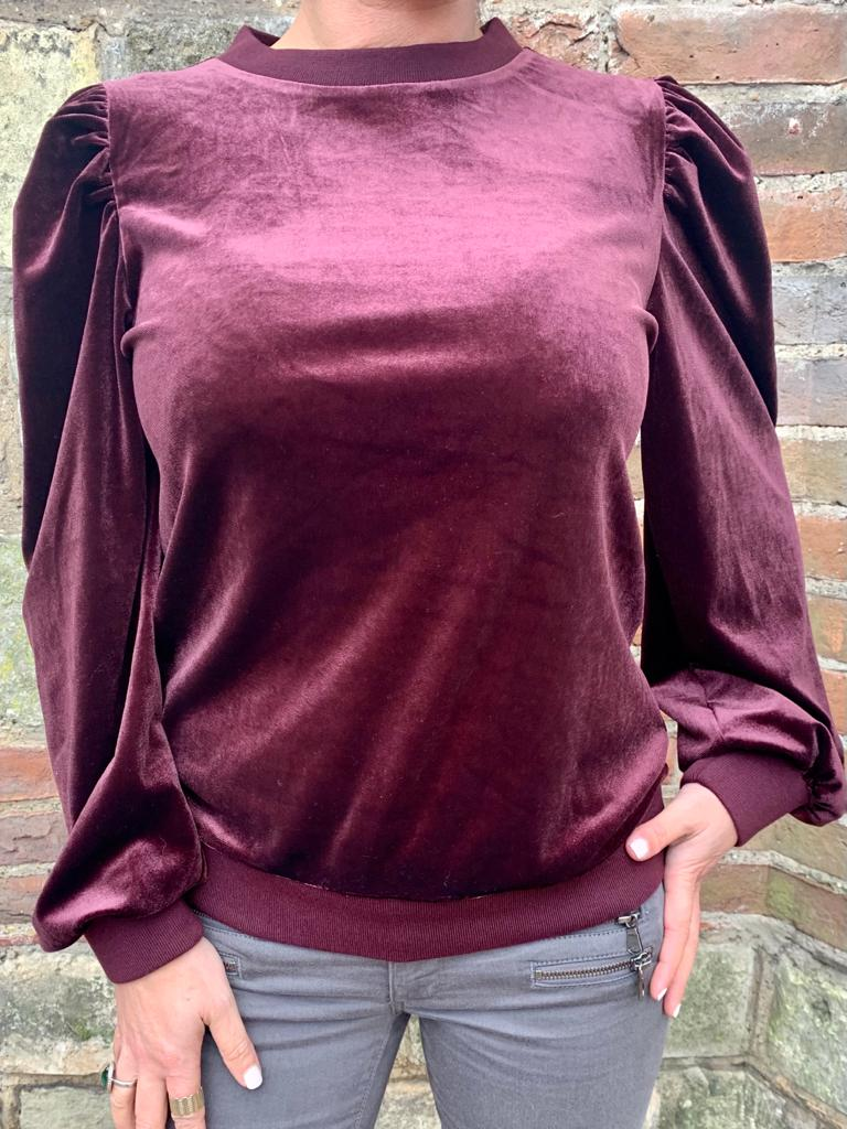 Saint Tropez Velvet Top- Plum Red