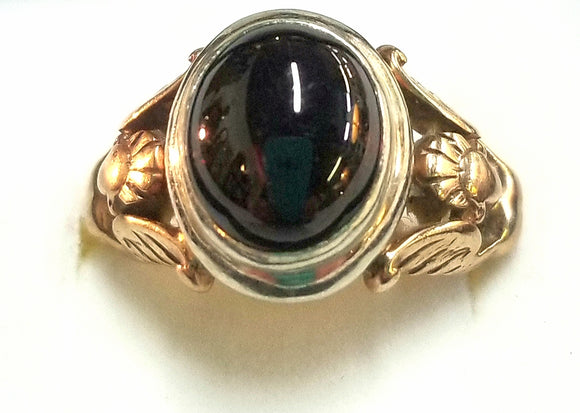 Men's 14k gold garnet ring