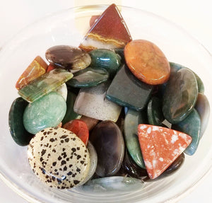 Large Cabachons of various minerals & gemstones