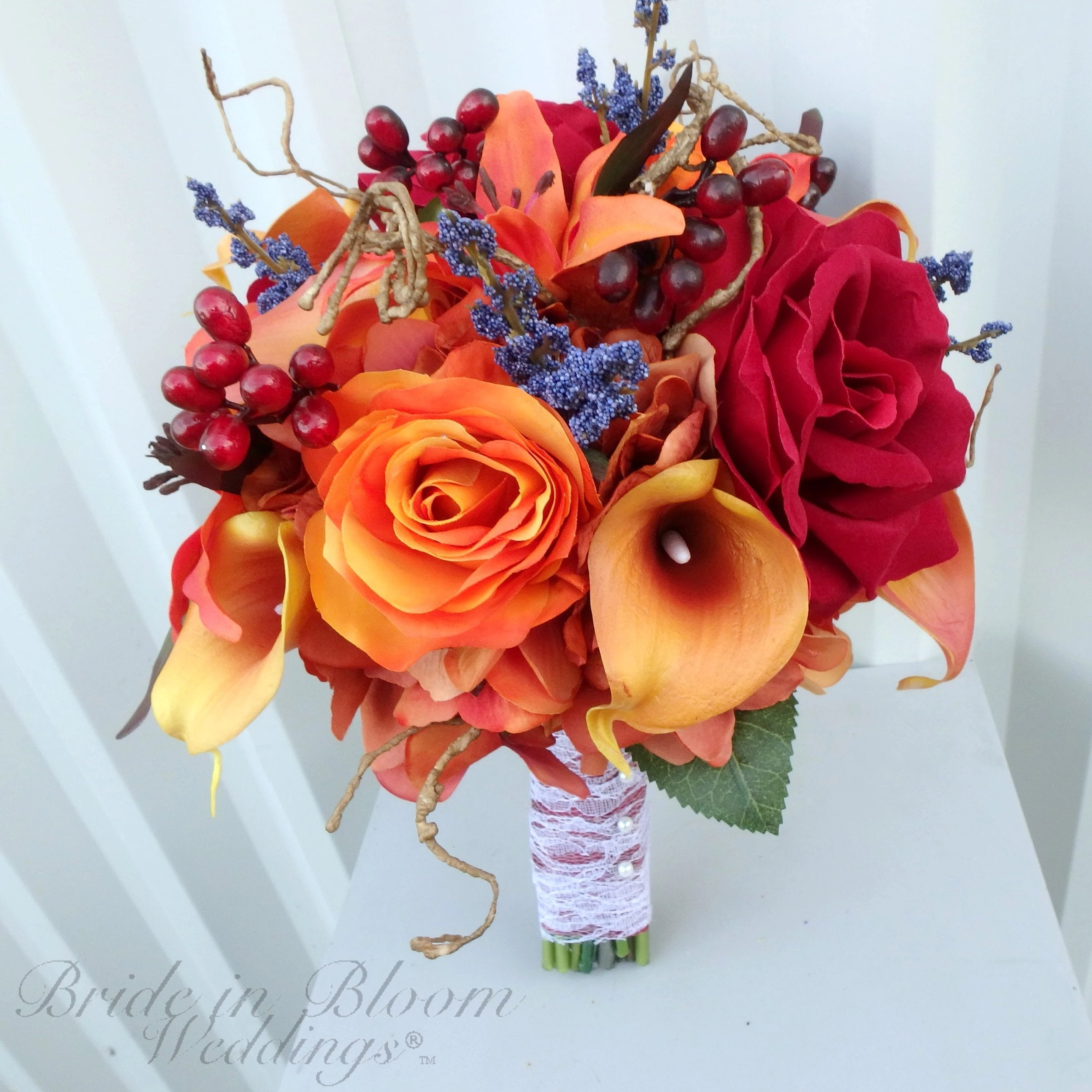 Fall wedding bouquet - Autumn wedding flowers