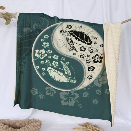 Yin Yang Sea Turtles Deluxe Minky Blanket-Yin Yang Sea Turtles-Little Squiffy