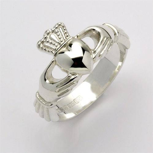 Retired Unisex Silver Claddagh Ring USF-R106 - Uctuk