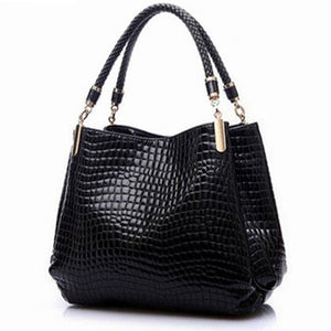 Designer Fashion Women Leather Hand Bags Looks Beautiful