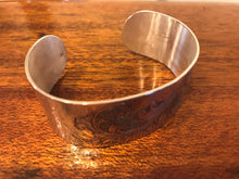 Load image into Gallery viewer, Engraved silver wide cuff bracelet, Scroll