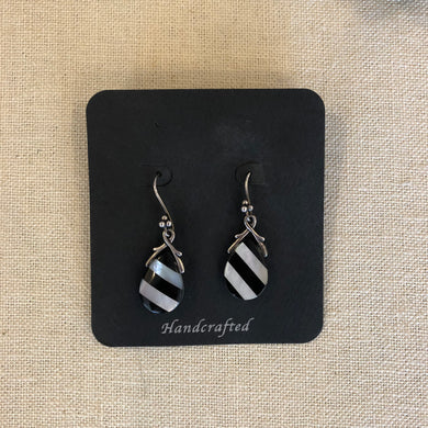 Earrings- onyx/ Mother of pearl stripes