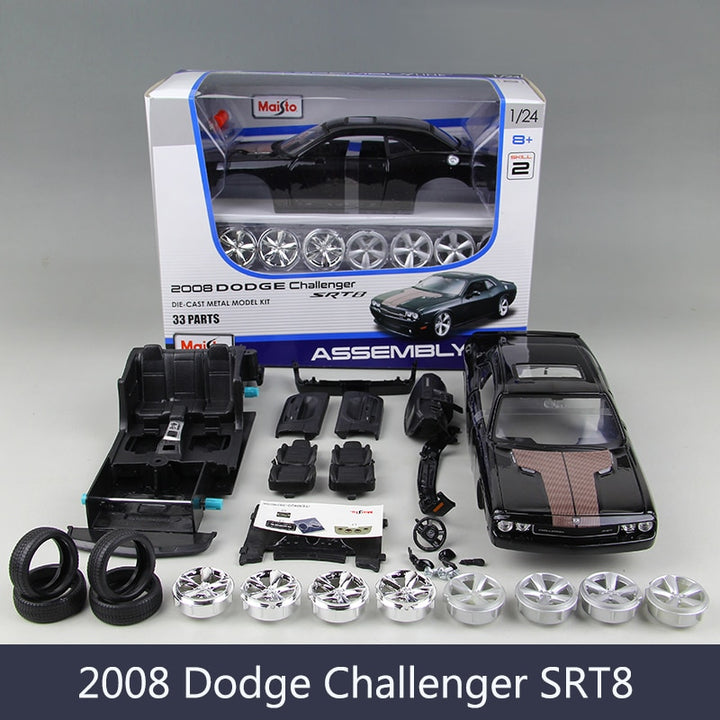 1:24 Model Car DG Challenger SRT8 Muscle Car