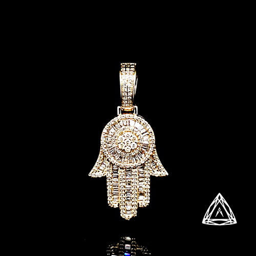 10kt Yellow Gold Diamond Hamza Pendant