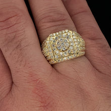Load image into Gallery viewer, 10kt Yellow Gold Diamond Ring 2.25ct