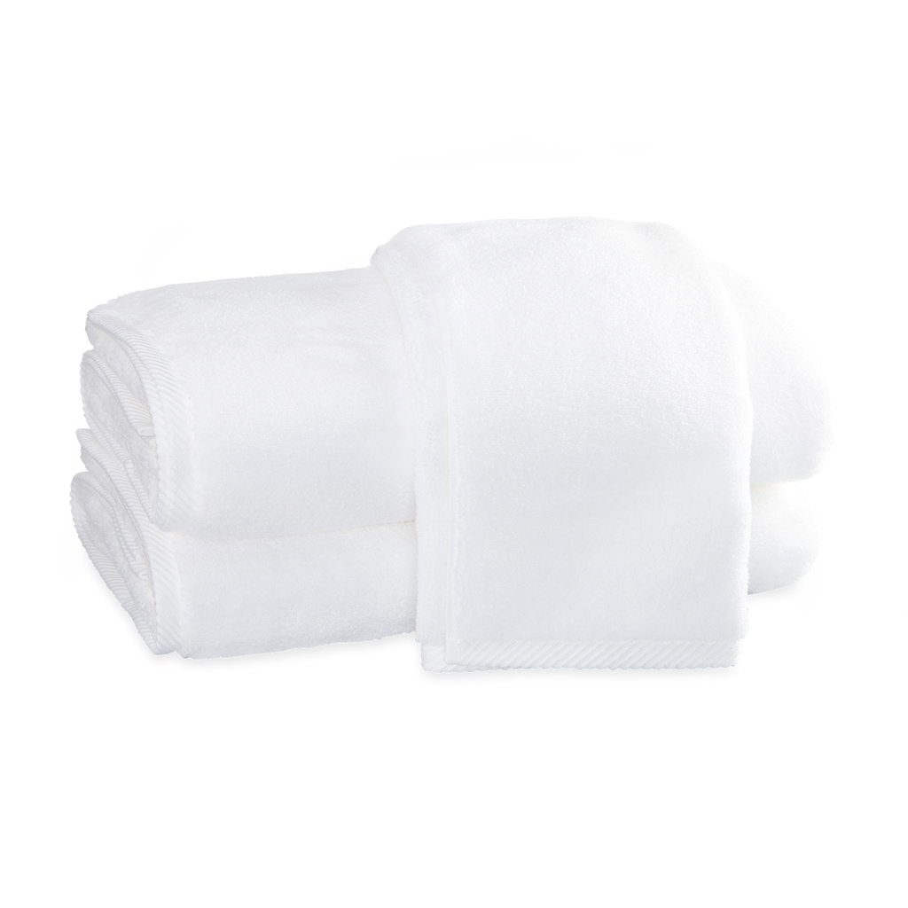 Milagro White Towels