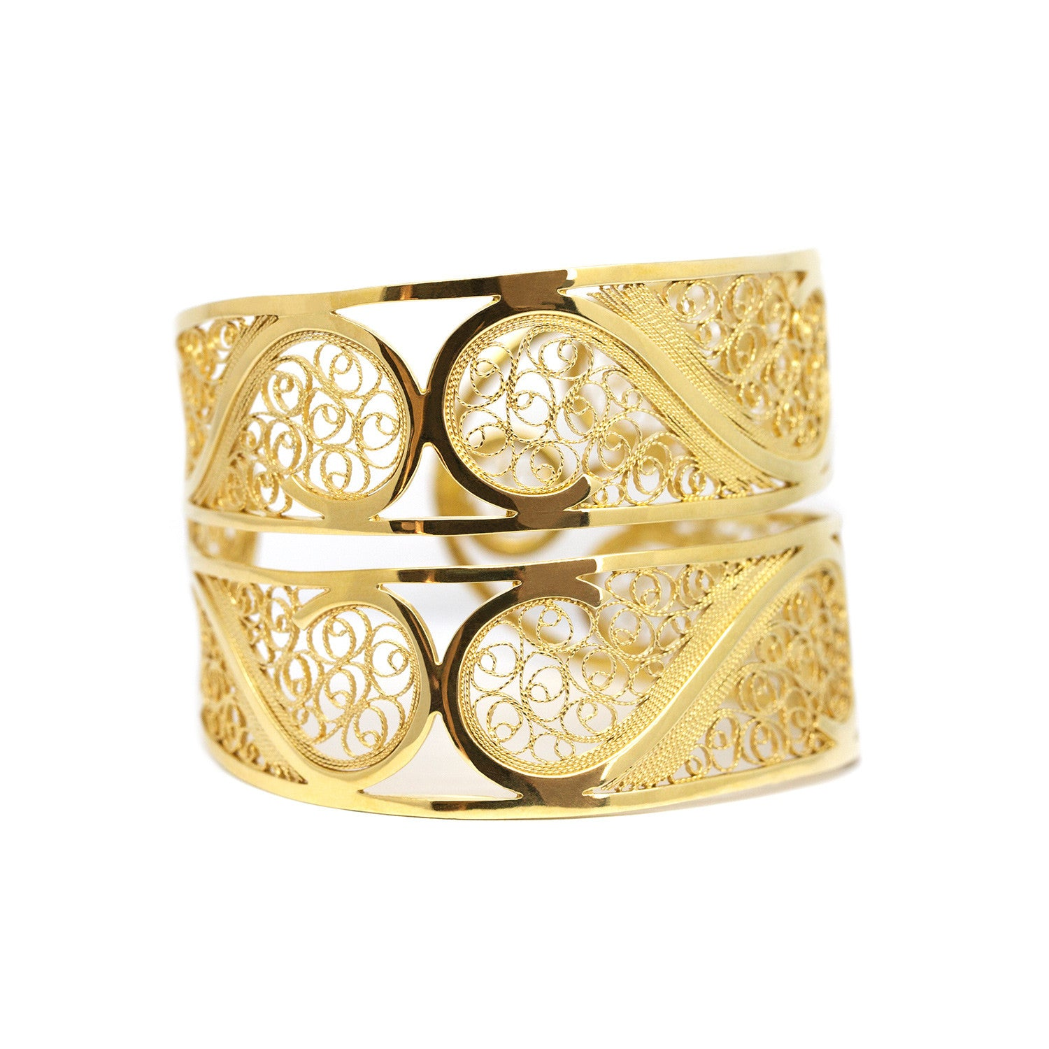 Filigree Links Bangle. Yellow gold