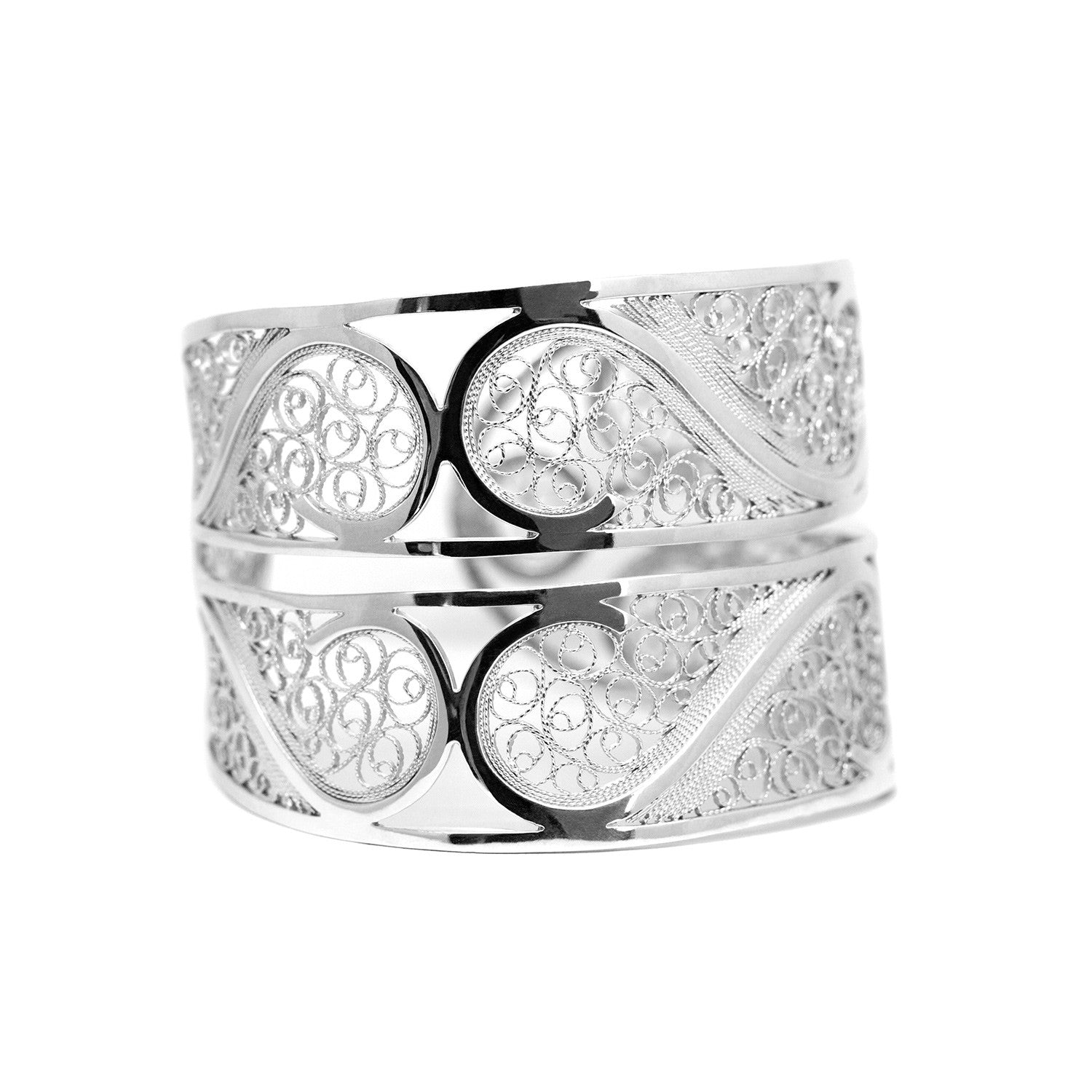 Filigree Links Bangle Bracelet. White - Arabel Lebrusan