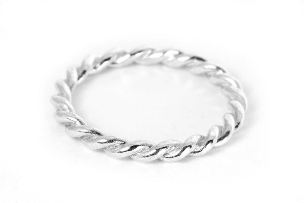 Lace Single Ring. Silver