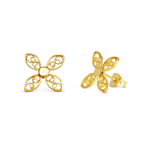 Walnut Leaf Stud Earrings. Yellow Gold