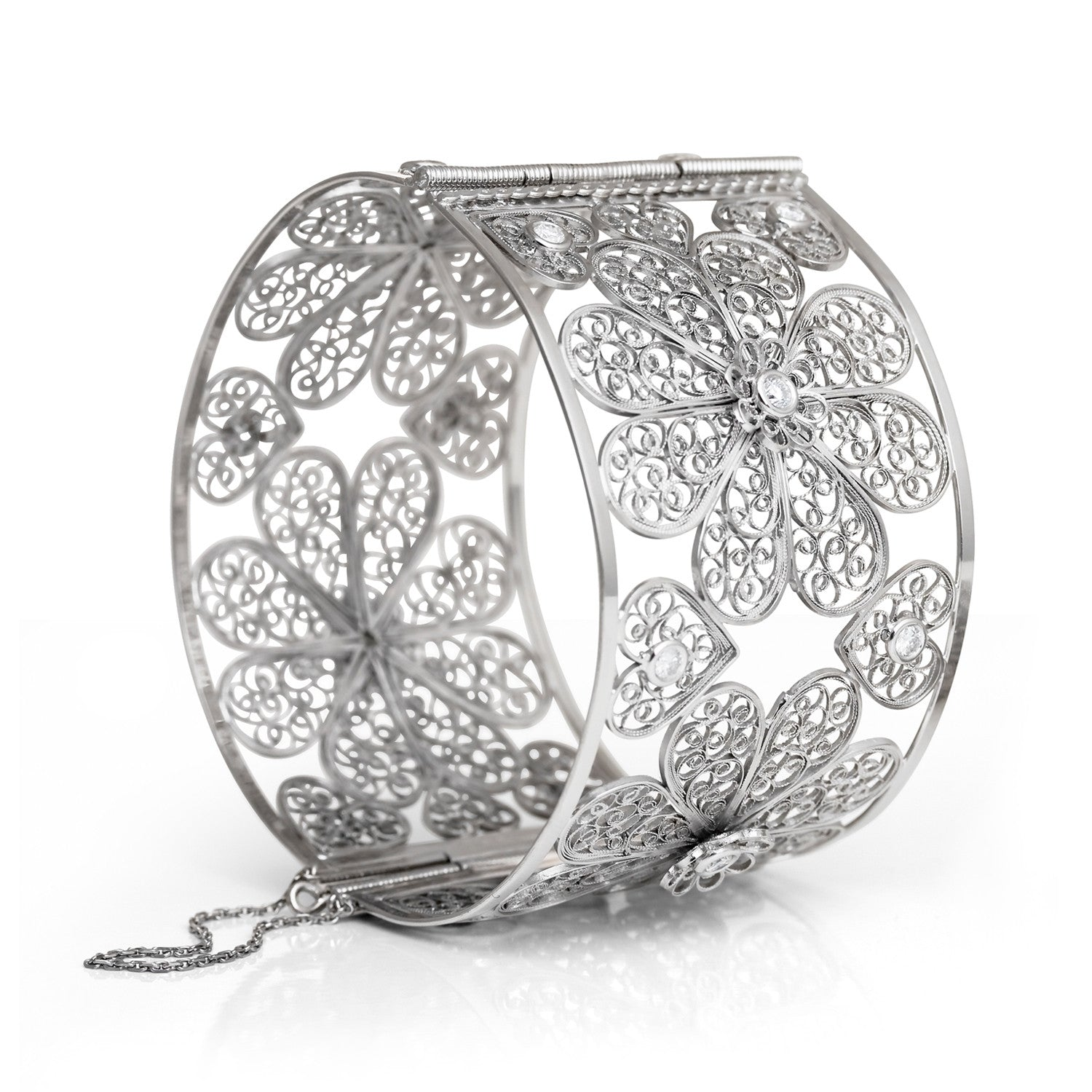Bespoke Jewellery- Arabel Lebrusan- Maureen Filigree Diamond Bangle 1