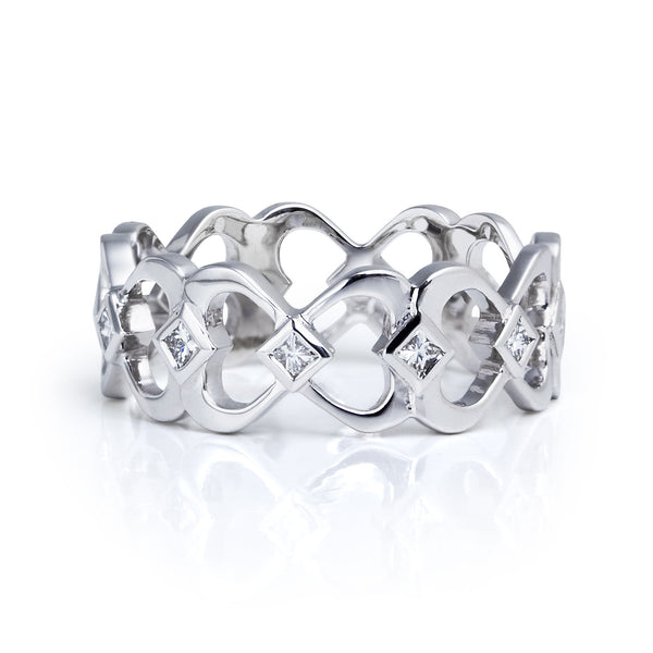 Bespoke Jewellery- Heart band in 18ct white gold 1- Arabel Lebrusan.jpg