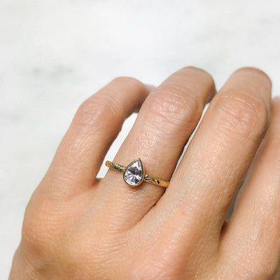 Candy Pop Ice Sapphire Engagement Ring, 18ct Ethical Gold 3