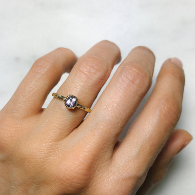 Candy Pop Mauve Spinel Engagement Ring, 18ct Ethical Gold 1