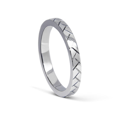 Bespoke men's wedding ring - 100% recycled platinum and hand-engraved lines 2