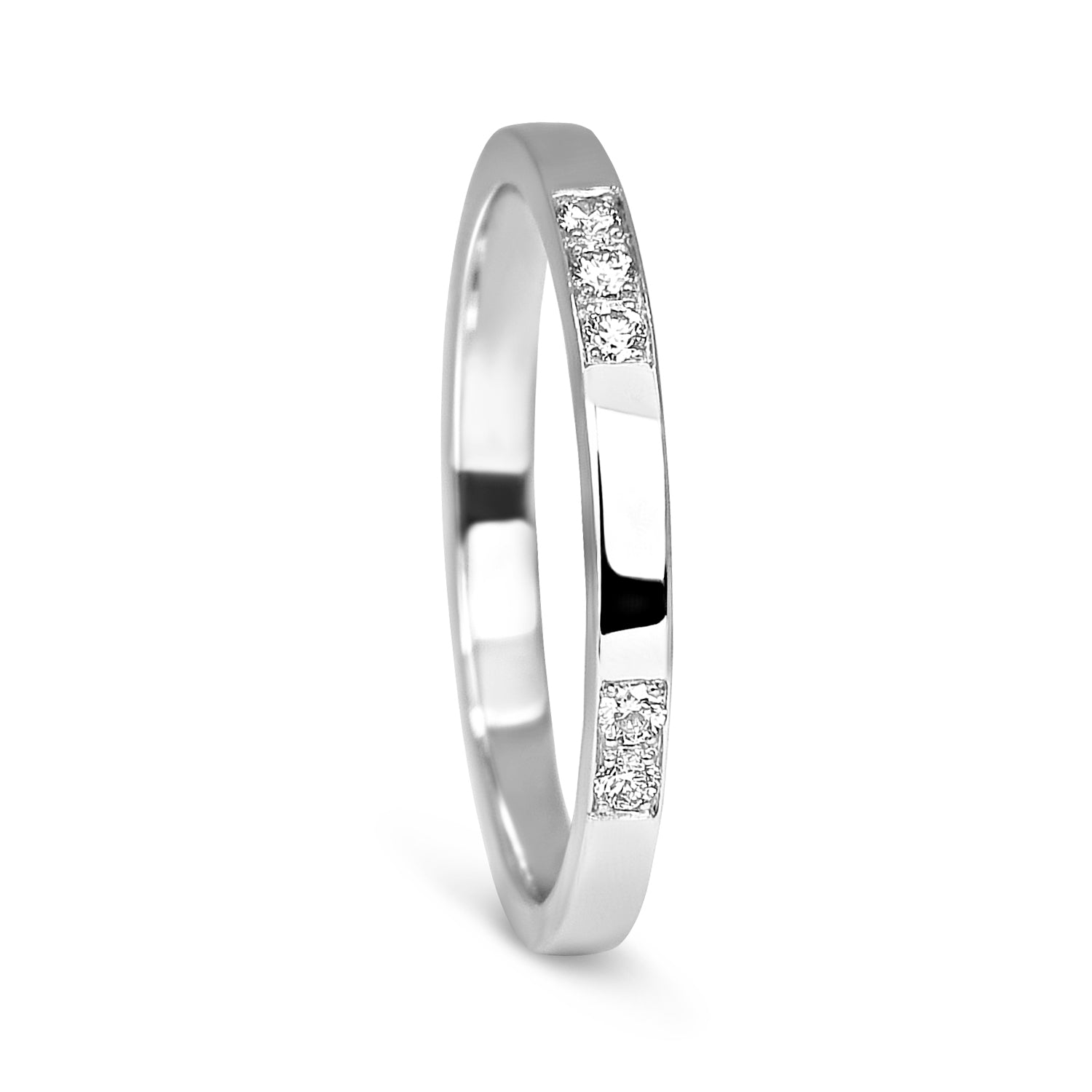 Bespoke Katie wedding ring - 100% recycled platinum and grain-set conflict-free diamonds