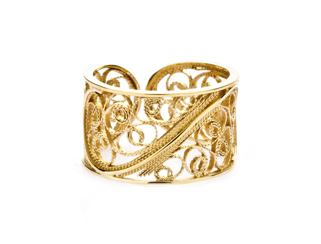 Filigree Links Single Ring. Yellow Gold