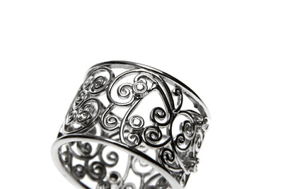 Bespoke Molly filigree engagement ring - 18ct ethical white gold and conflict-free diamonds 3