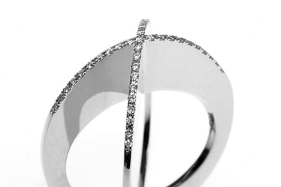 Diamond Sequin Ring. White gold. A Leblas classic