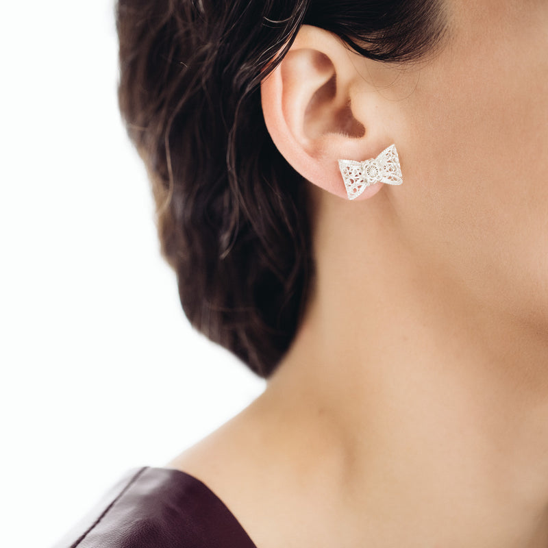 Filigree Bow Stud Earrings in Silver - Arabel Lebrusan
