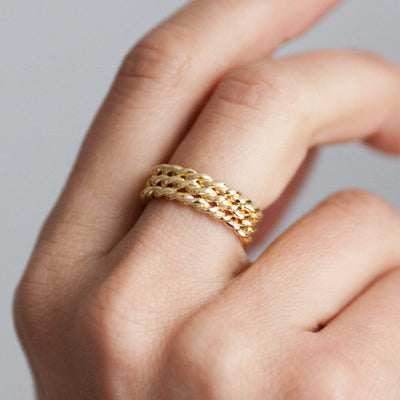 Lace Triple Ring. Yellow Gold