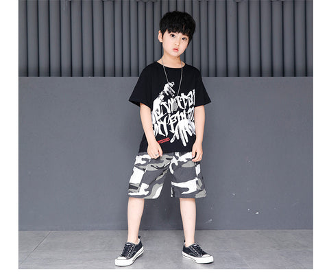 Hip Hop T-shirt & Camouflage Pants
