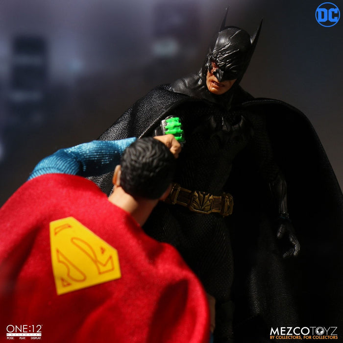 Mezco Toyz One:12 Collective - Batman: Sovereign Knight - Toy Titanz