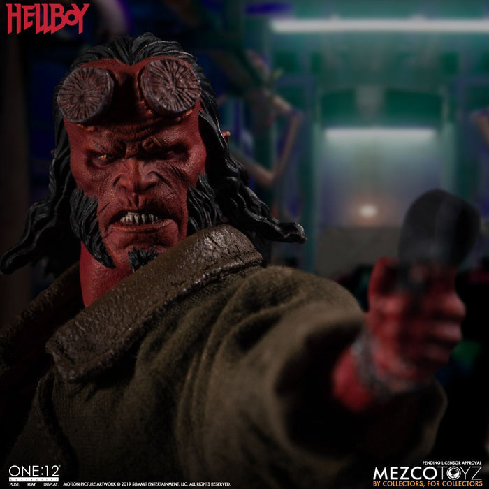 Mezco Toyz One:12 Collective - Hellboy - Toy Titanz