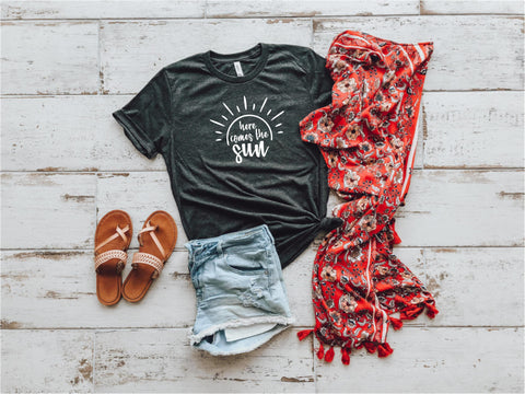Here Comes The Sun Lady Tee