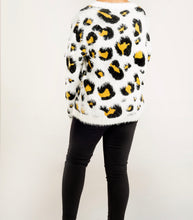 Load image into Gallery viewer, Long Sleeve Leopard Sweater
