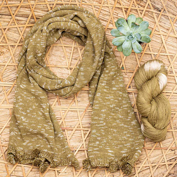 eri silk | natural dyed tie dye green scarf | sustainable clothing | vegan | Muezart
