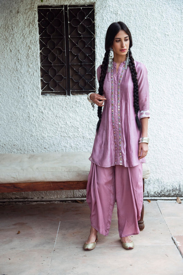 Mirror embroidered chanderi kurta-Lilac