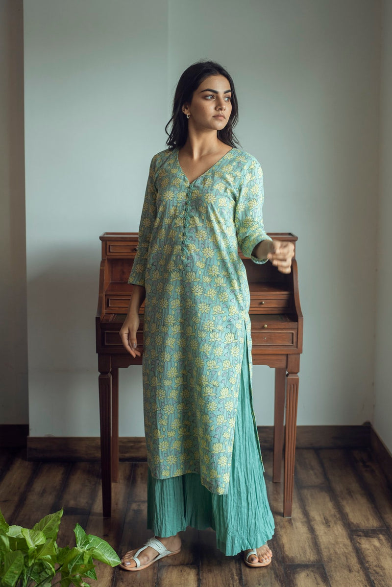 Green yellow block printed kurta with crinkled palazzo set of 2
