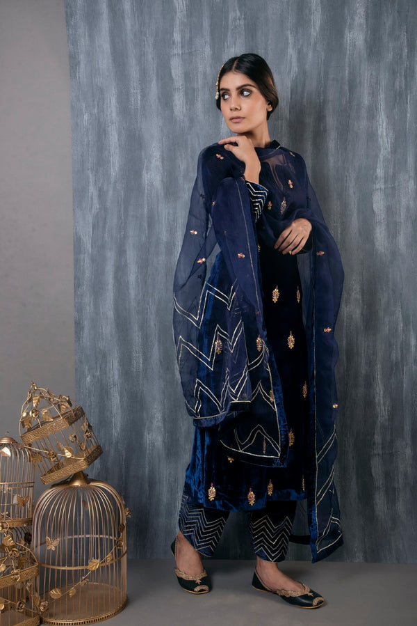 HAND EMBROIDERED VELVET SALWAR SET OF 3 WITH ORGANZA DUPATTA - MIDNIGHT BLUE