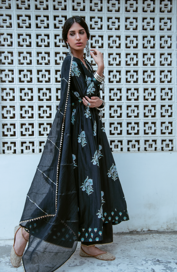 BLACK BLOCK PRINTED LONG KURTA PALAZZO SET